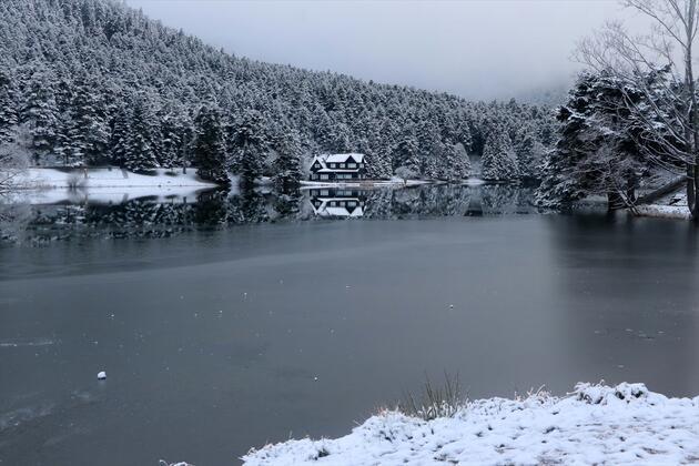Abant ve Gölcük'te huzur veren kar manzarası