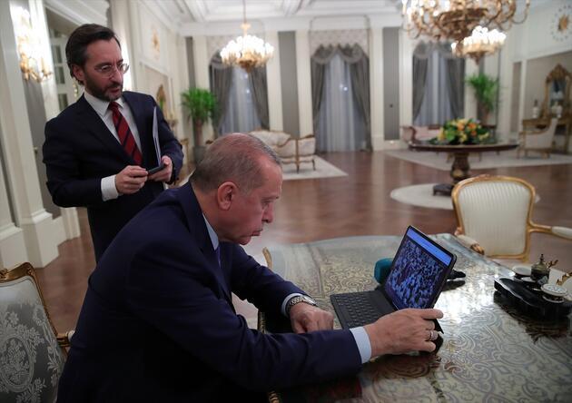 """Cumhurbaşkanı Erdoğan, """"Yılın Fotoğrafları"""" oylamasına katıldı"""