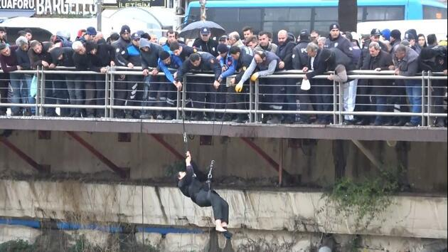 Asi Nehri'ne atlayan kadını itfaiyeciler kurtardı