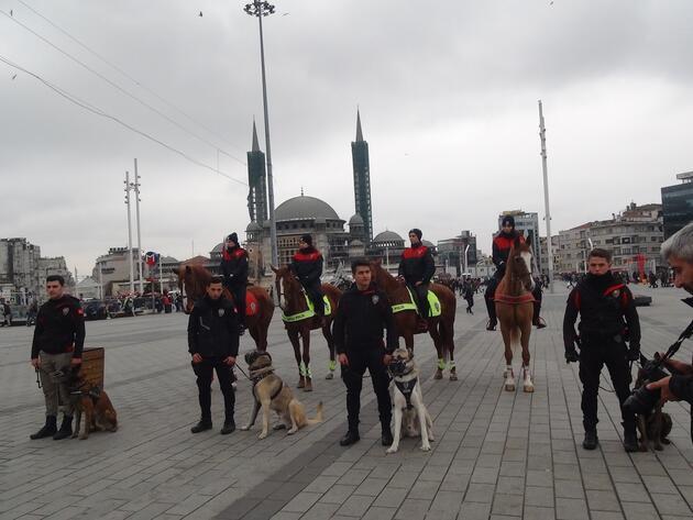 Yılbaşına saatler kala Taksim'de son durum