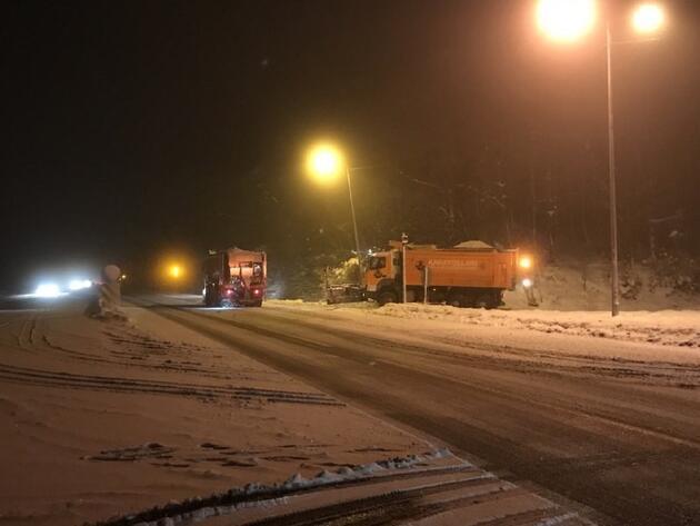 Yola çıkacaklar dikkat! Kar yağışı başladı