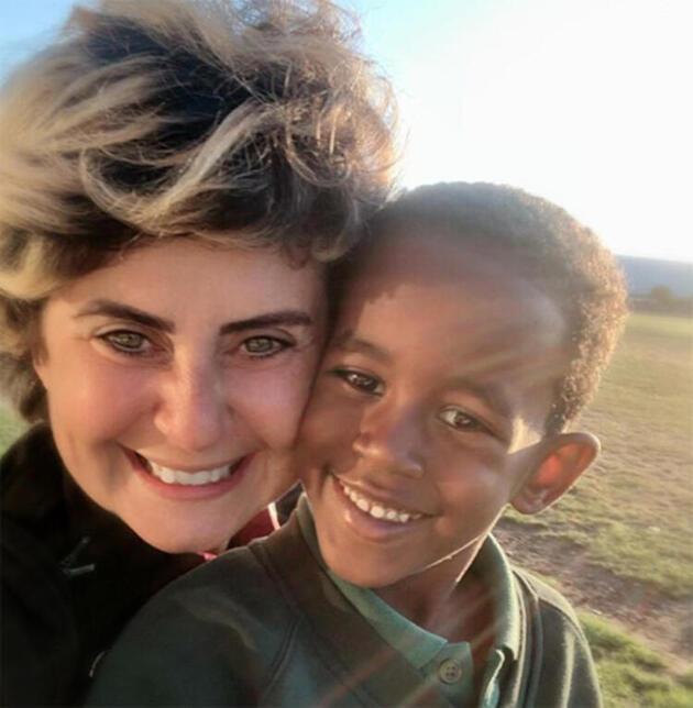 Esra Akkaya: Gurbette 'Can'lı hayatım': Benim oğlum da sizin gibi!