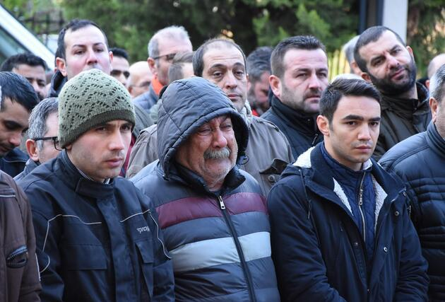 İzmir'deki kanlı pusuda hayatını kaybedenler toprağa verildi