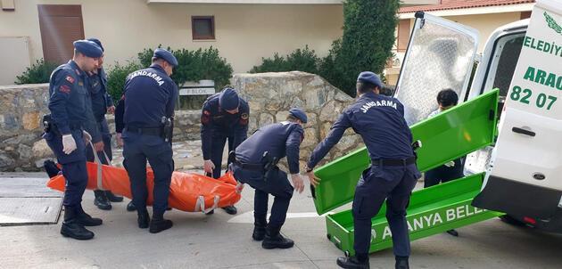 Son dakika... Antalya'da biri doktor iki kişi evde ölü bulundu