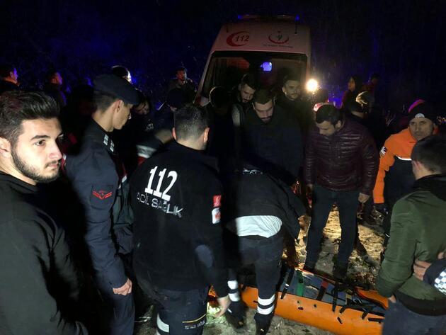 Otomobil 40 metreden uçtu! Üniversiteli genç kız hayatını kaybetti