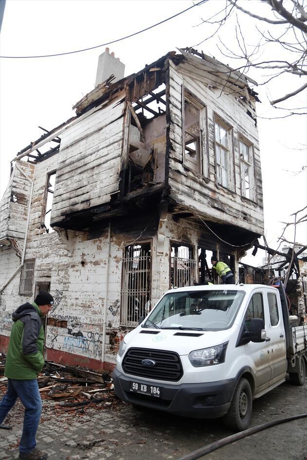 Reşat Nuri Güntekin'in yaşadığı ev kül oldu