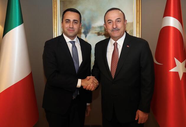 Çavuşoğlu, İtalyan mevkidaşı ile görüştü