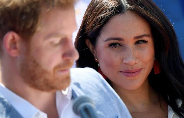 Televizyondan öğrenmişler! Kraliyet çiftinin ayrılık kararına Kraliçe'den ilk tepki