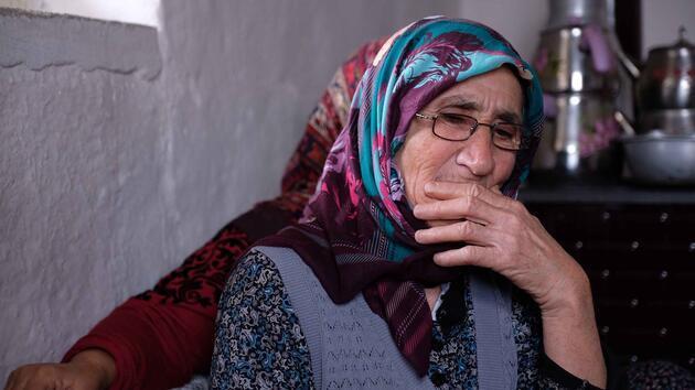 Oğlunun öldürüldüğünü öğrenen anne: '15 yıldır sağ beklerken, kemikleri geldi'