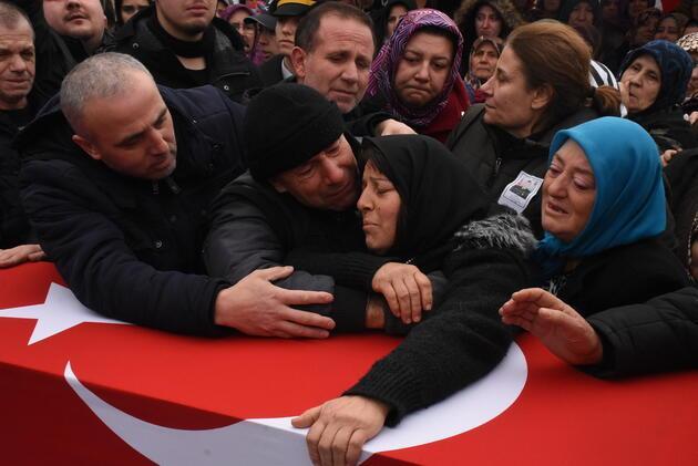 Şehit Uzman Çavuş Edirne'de gözyaşlarıyla uğurlandı