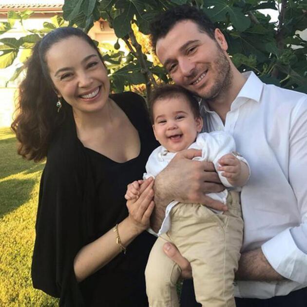 Azra Akın: Çok şanslı bir anneyim!