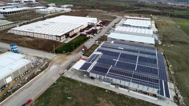 Fabrikasının çatısına ikinci fabrikayı kurdu, ayda 100 bin lira kazanıyor