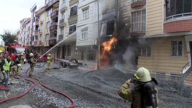 İş makinesi doğal gaz borusunu patlattı, alevler metrelerce yükseldi