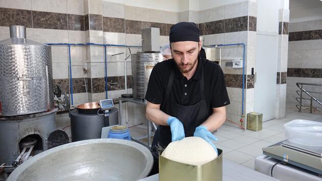 5 asırdır Osmanlı lezzeti tahin helvası üretiyorlar