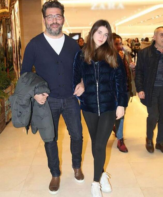Emre Kınay'ın kızı dikkat çekti