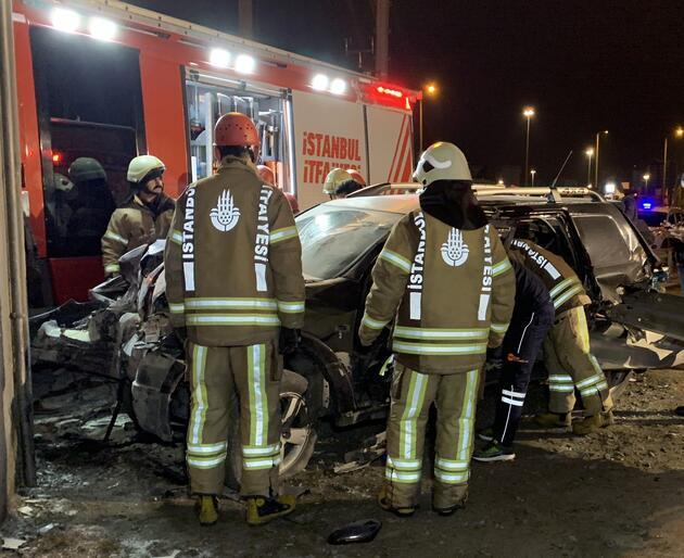 Kadıköy'de feci kaza: 14 yaşındaki sürücünün bacağı koptu