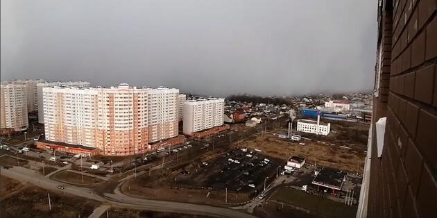 Rusya'da kar fırtınası böyle görüntülendi