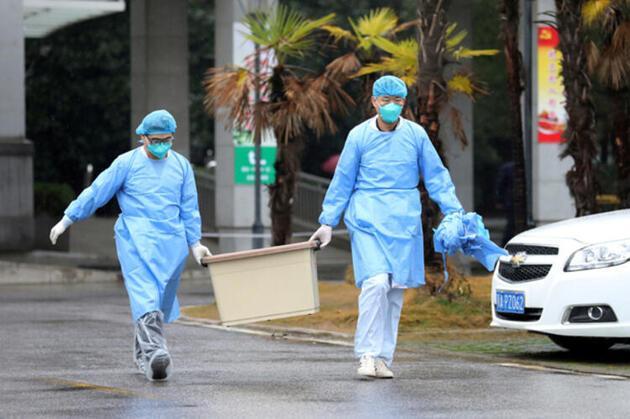 Eski Trabzonsporlu Mbia Korona virüsünden kaçtı