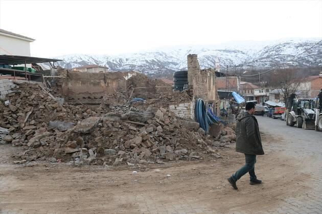 AFAD: Ölü sayısı 21'ye ulaştı