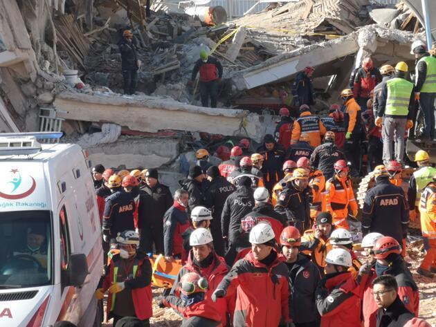 Depremde can kaybı 35'e yükseldi