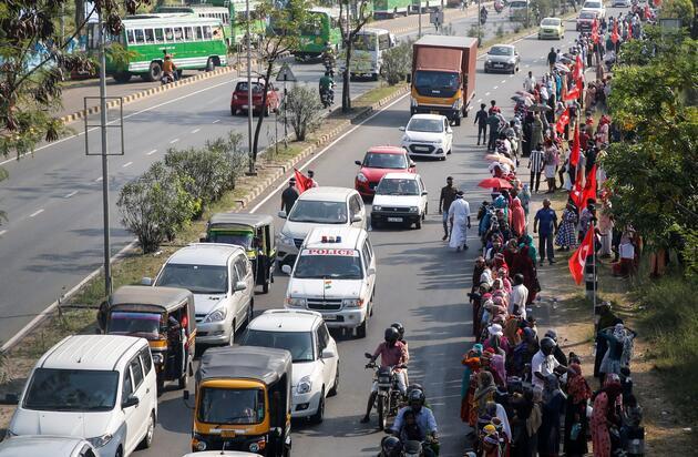 Yeni 'Vatandaşlık Yasası'na karşı 620 kilometrelik insan zinciri