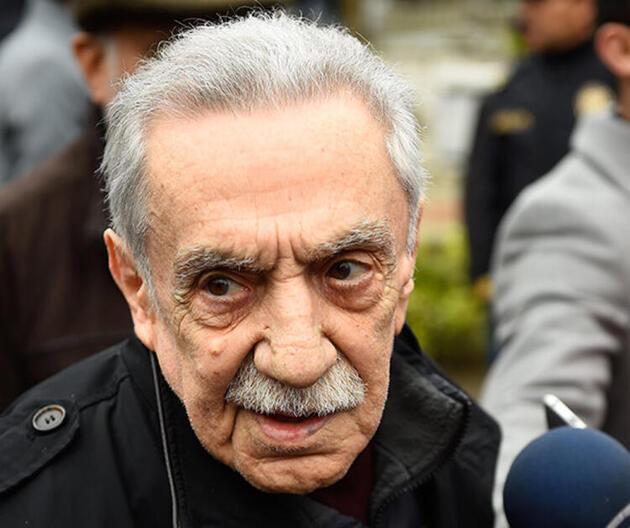 Aydemir Akbaş'tan yıllar sonra Nükhet Duru itirafı!