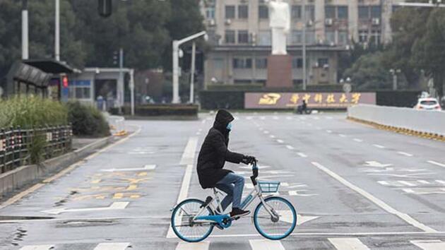 Dünyayı diken üstünde tutan virüsün çıktığı şehir! Sokaklar bomboş