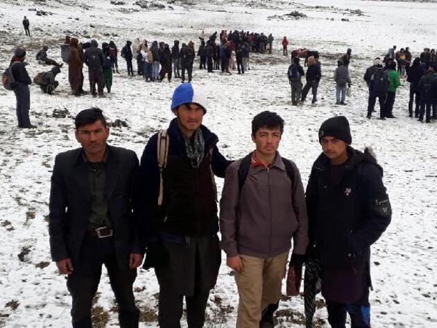 Prof. Dr. Deniz: Afganistan ve İran'dan Türkiye'ye yeni göç dalgası bekleniyor
