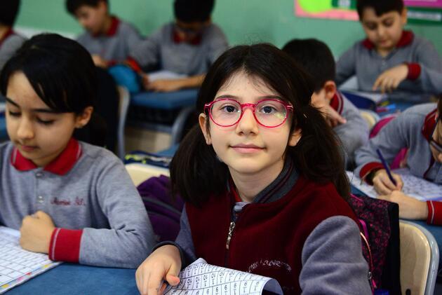 10 yaşındaki Elanur Türkiye'nin gururu oldu