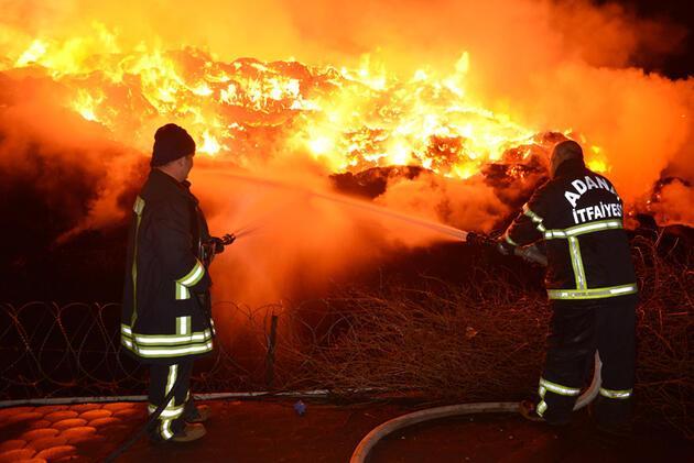 Adana'daki fabrika yangını ikinci gününde