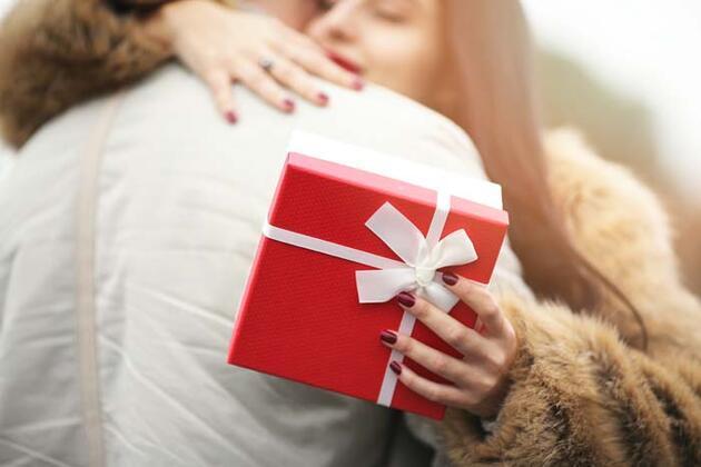 Sevgililer Günü'ne özel hediye fikirleri! Ne alsam diye düşünmeyin