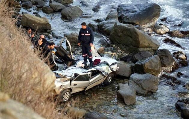 Üvey kızına istismar sanığı, tahliyenin ardından otomobilini ölüme sürdü