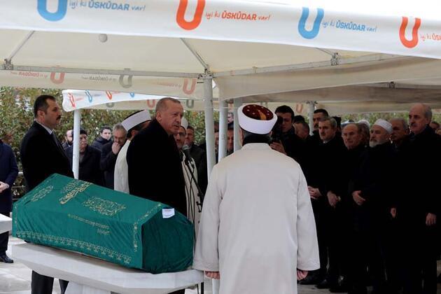Cumhurbaşkanı Erdoğan cenaze törenine katıldı