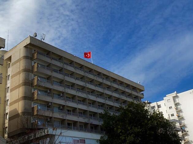 'Hayalet Şehir' Kapalı Maraş'ın açılması adımı 'Kaplanlı Otel'de atıldı