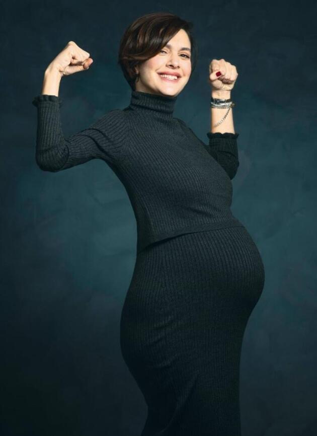 Bergüzar Korel hamileliğini anlattı: İyi ki varsın mucizem