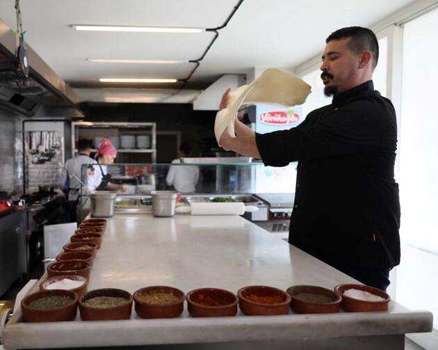 Antalya'nın meşhur böreği 'fıtır' Guinness yolunda