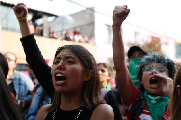 Meksika'yı ayağa kaldıran vahşet: Hükümet binalarını ateşe verdiler