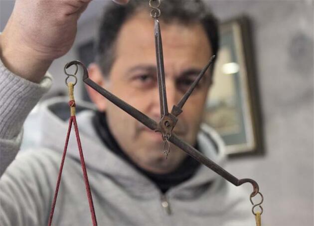 160 yıllık antika teraziye müşteri aranıyor