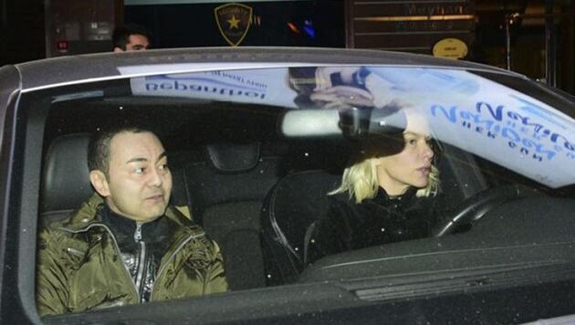 Serdar Ortaç aşkını ilan etti