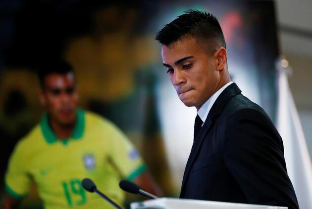 Real Madrid'in yeni transferi gözyaşlarına boğuldu