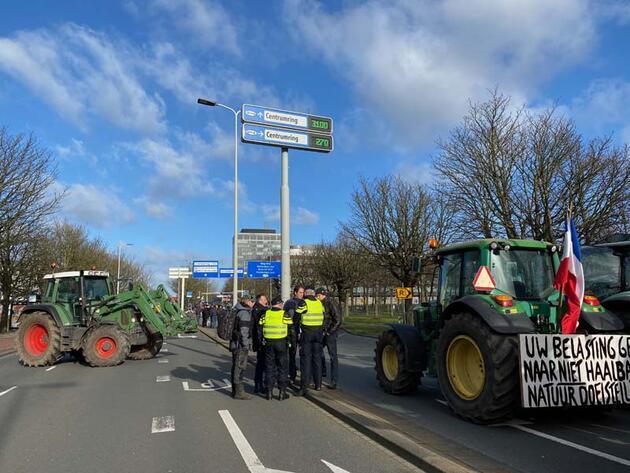 Fotoğraflar Hollanda'dan! Yollar kapandı