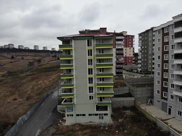 Zemini kayan binanın yıkımı için karar bekleniyor