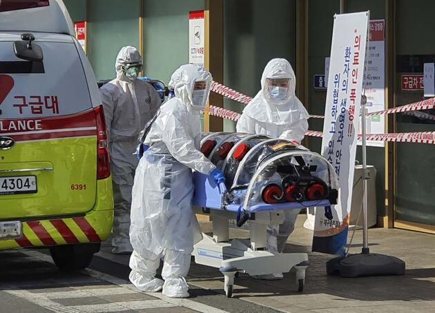 Bir ülke alarmda... Koronavirüs tarikat ile mi yayıldı?
