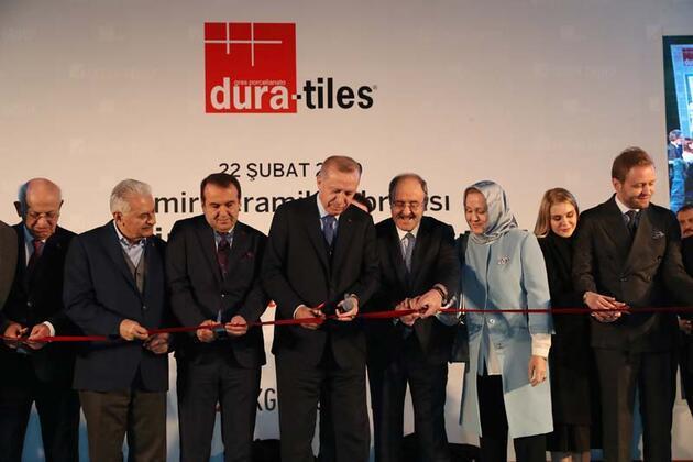 Cumhurbaşkanı Erdoğan İzmir'de seramik fabrikası açtı