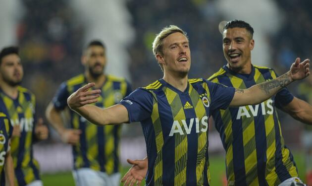 Galatasaray 20 yıl sonra Kadıköy'de kazandı