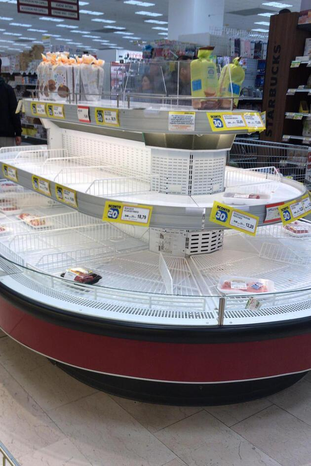 İtalya'da koronavirüs alarmı! Marketler yağmalanıyor!