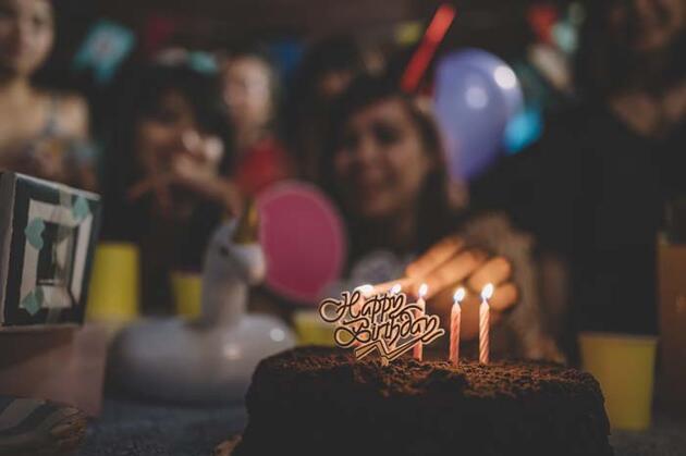 Türkiye'de 30 bin kişi doğum gününü 4 yıl sonra kutlayacak!