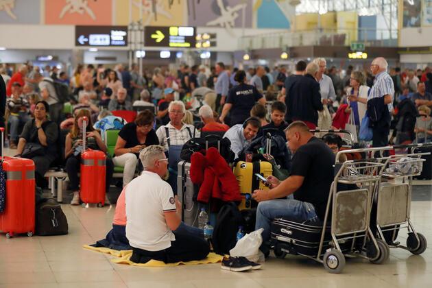 Dünyaca ünlü tatil bölgesinde alarm: Bin kişinin bulunduğu otel karantinaya alındı