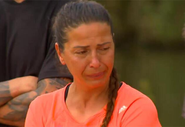 Survivor'da gözyaşlarına boğan ödül! İşte adaya veda eden isim...