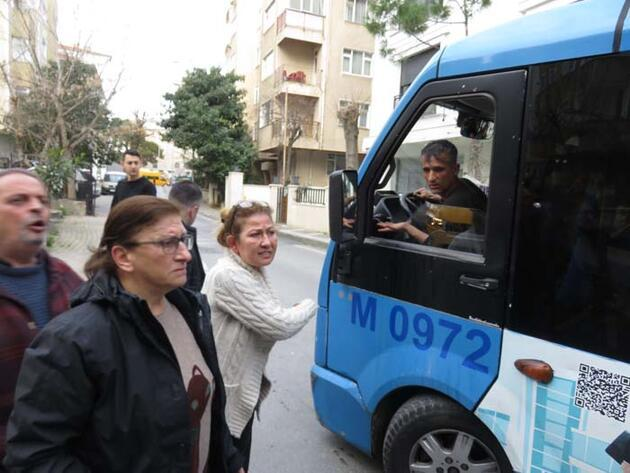 Ara sokaklara giren minibüs yaşlı kadına çarptı